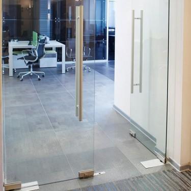 Porta de vidre